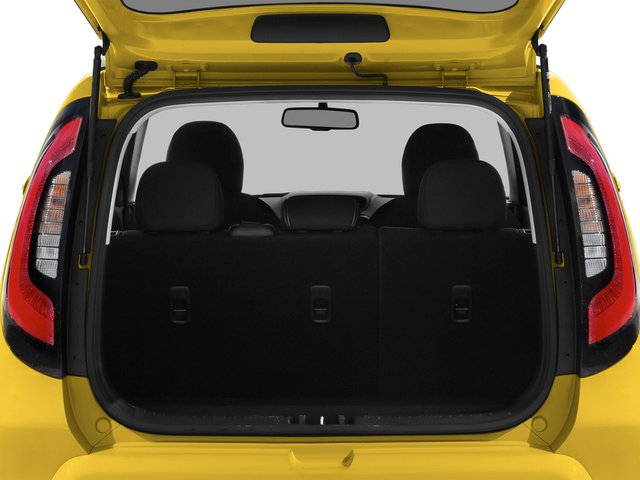 2015 Kia Soul Pictures Soul Wagon 4D I4 photos open trunk