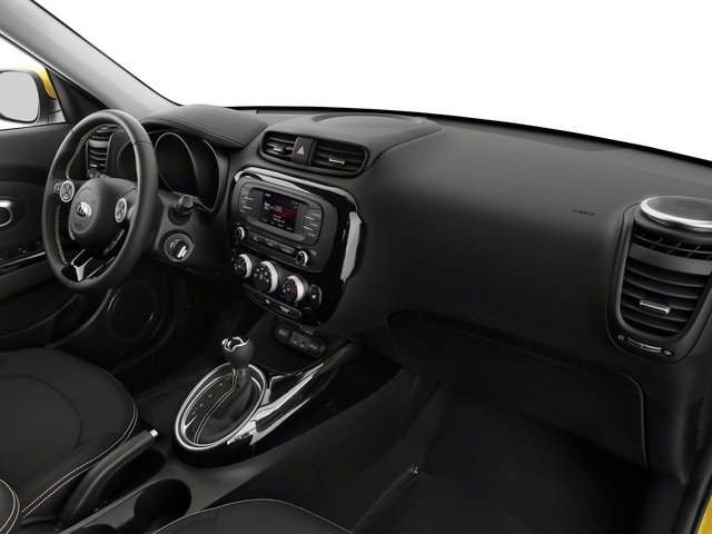 2015 Kia Soul Prices and Values Wagon 4D I4 passenger's dashboard