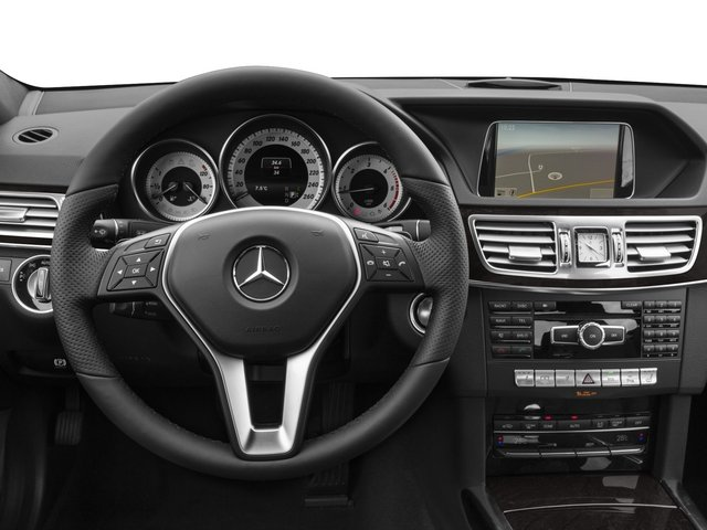 2015 Mercedes-Benz E-Class Prices and Values Sedan 4D E250 BlueTEC AWD I4 T-Diese driver's dashboard