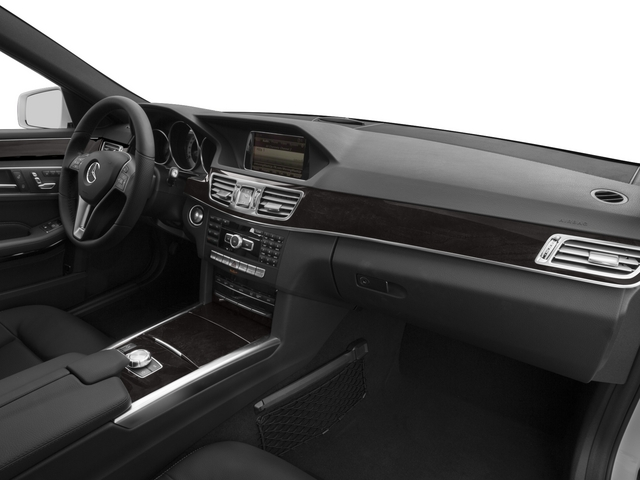2015 Mercedes-Benz E-Class Prices and Values Sedan 4D E250 BlueTEC AWD I4 T-Diese passenger's dashboard