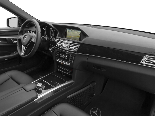 2015 Mercedes-Benz E-Class Prices and Values Sedan 4D E400 V6 Hybrid passenger's dashboard