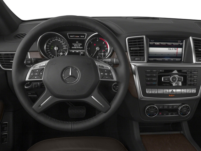 2015 Mercedes-Benz GL-Class Prices and Values Utility 4D GL350 BlueTEC 4WD V6 driver's dashboard