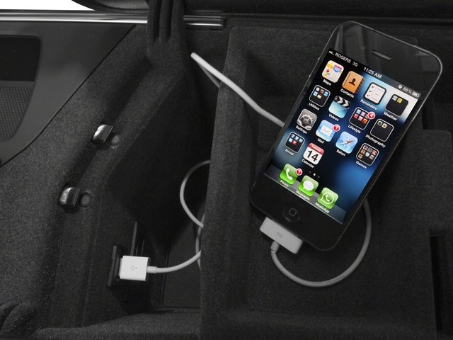 2015 Mercedes-Benz GL-Class Prices and Values Utility 4D GL350 BlueTEC 4WD V6 iPhone Interface