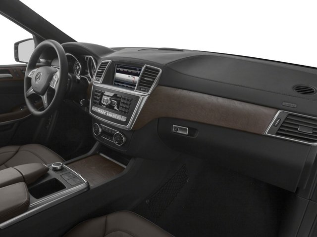 2015 Mercedes-Benz GL-Class Prices and Values Utility 4D GL350 BlueTEC 4WD V6 passenger's dashboard
