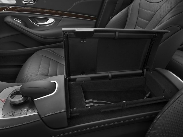 2015 Mercedes-Benz S-Class Pictures S-Class Sedan 4D S550 AWD V8 photos center storage console