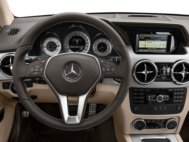 2015 Mercedes-Benz GLK-Class Prices and Values Utility 4D GLK350 2WD V6 driver's dashboard