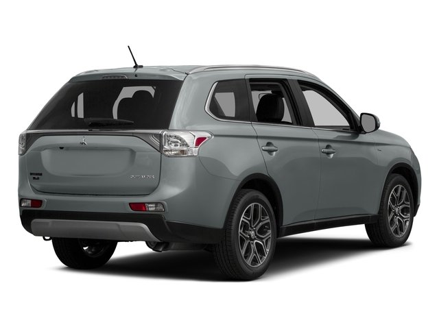 2015 Mitsubishi Outlander Prices and Values Utility 4D ES 2WD I4 side rear view