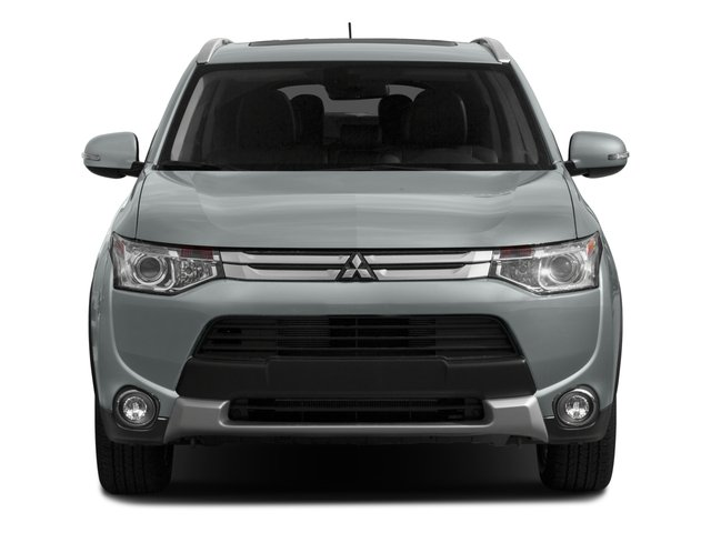 2015 Mitsubishi Outlander Prices and Values Utility 4D ES 2WD I4 front view