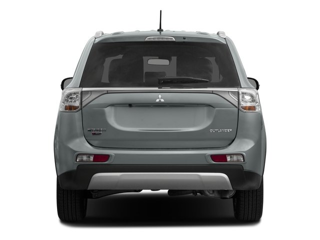 2015 Mitsubishi Outlander Prices and Values Utility 4D ES 2WD I4 rear view