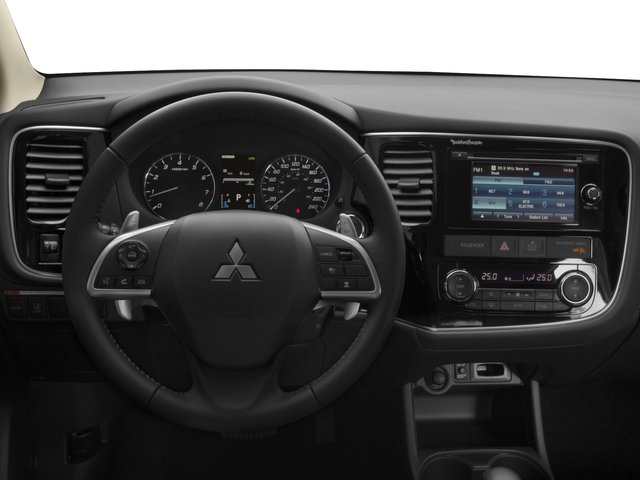 2015 Mitsubishi Outlander Prices and Values Utility 4D ES 2WD I4 driver's dashboard