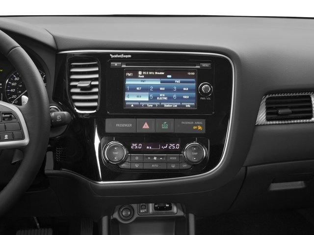 2015 Mitsubishi Outlander Prices and Values Utility 4D ES 2WD I4 stereo system