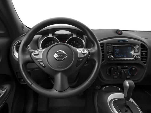 2015 Nissan JUKE Prices and Values Utility 4D NISMO 2WD I4 Turbo driver's dashboard