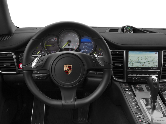 2015 Porsche Panamera Prices and Values Hatchback 4D S e-Hybrid V6 driver's dashboard