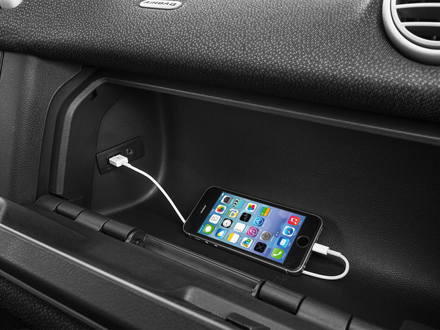 2015 smart fortwo Pictures fortwo Coupe 2D Passion I3 photos iPhone Interface