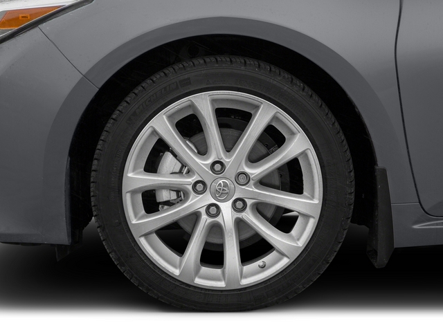 2015 Toyota Avalon Prices and Values Sedan 4D Limited V6 wheel