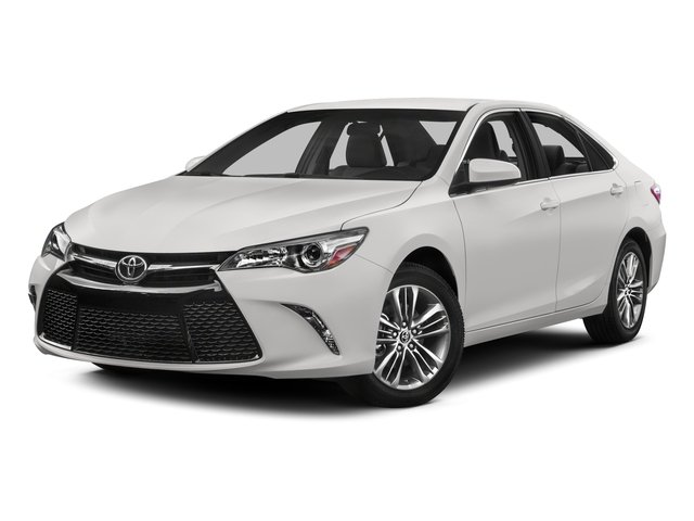 2015 Toyota Camry Prices and Values Sedan 4D SE I4 side front view