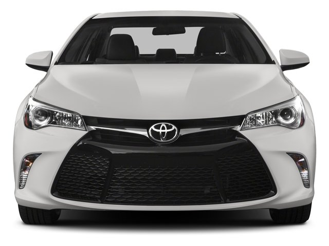 2015 Toyota Camry Prices and Values Sedan 4D SE I4 front view