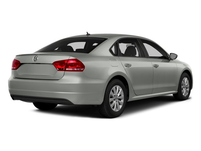 2015 Volkswagen Passat Prices and Values Sedan 4D SE TDI I4 side rear view