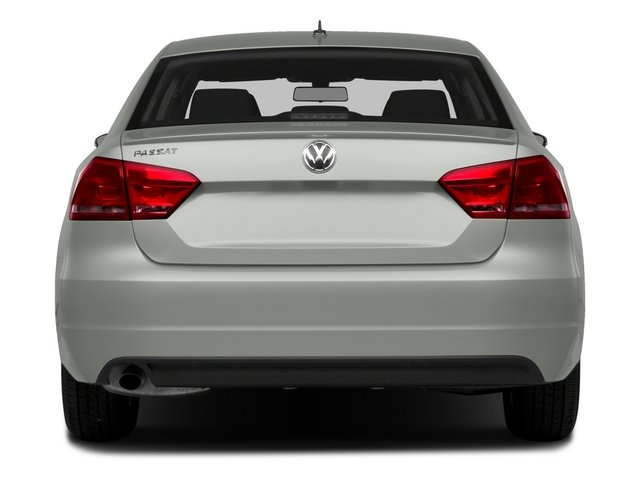 2015 Volkswagen Passat Prices and Values Sedan 4D SE TDI I4 rear view