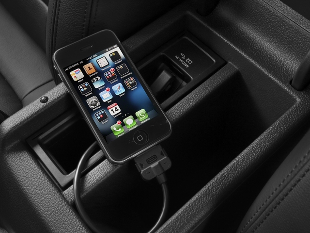 2015 Volkswagen Tiguan Pictures Tiguan Utility 4D R-Line 2WD I4 Turbo photos iPhone Interface