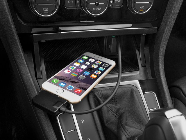 2015 Volkswagen Golf SportWagen Prices and Values Wagon 4D S I4 iPhone Interface