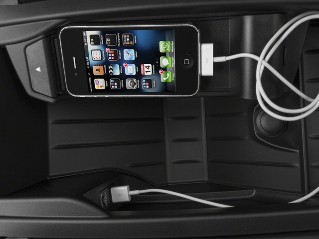 2016 BMW 5 Series Gran Turismo Prices and Values Sedan 4D 535i GT I6 Turbo iPhone Interface