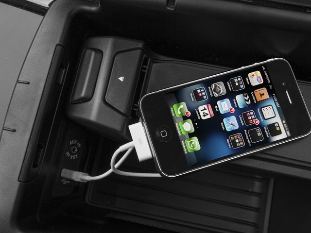 2016 BMW X5 Prices and Values Utility 4D 35i AWD I6 Turbo iPhone Interface