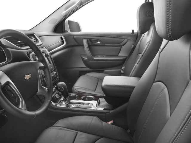 2016 Chevrolet Traverse Pictures Traverse Utility 4D 2LT AWD V6 photos front seat interior