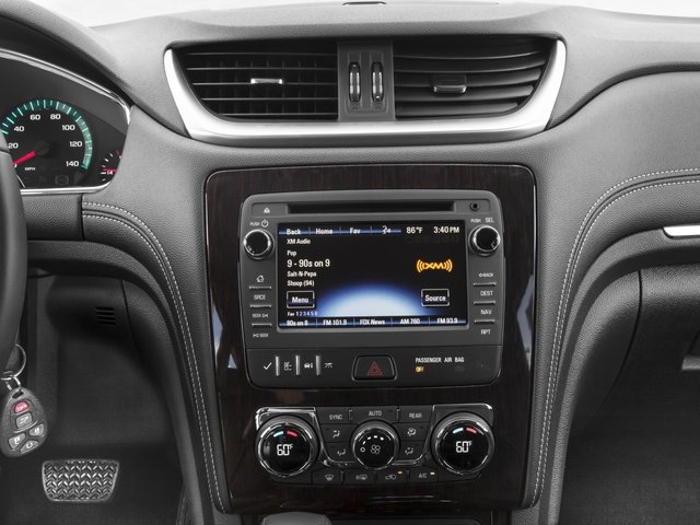 2016 Chevrolet Traverse Pictures Traverse Utility 4D 2LT AWD V6 photos stereo system