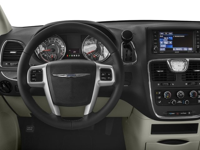 2016 chrysler town and country wagon lx v6 prices values. Black Bedroom Furniture Sets. Home Design Ideas