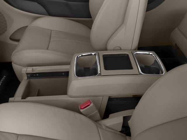 2016 Chrysler Town and Country Wagon Limited Platinum V6 ...