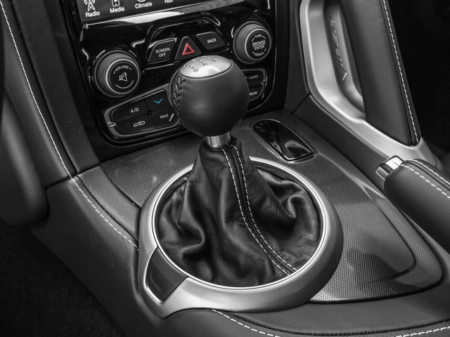 2016 Dodge Viper Pictures Viper 2 Door Coupe photos center console