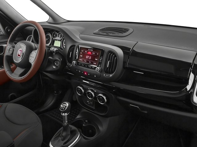 2016 FIAT 500L Prices and Values Hatchback 5D L Trekking I4 Turbo passenger's dashboard