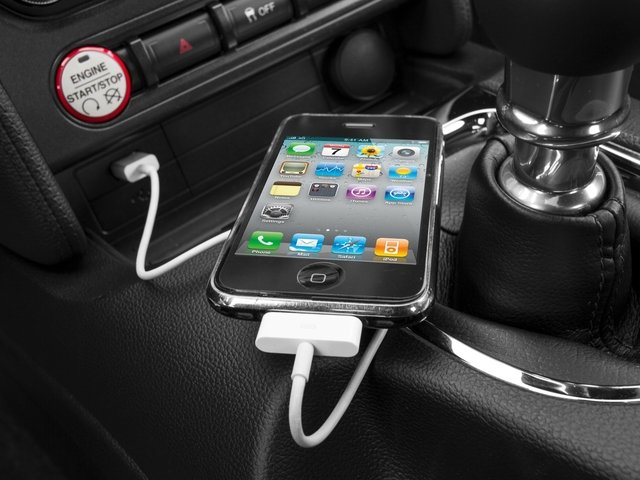 2016 Ford Mustang Prices and Values Coupe 2D GT V8 iPhone Interface