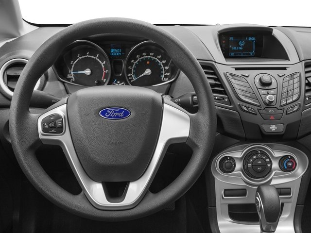 2016 Ford Fiesta Pictures Fiesta Sedan 4D SE I4 photos driver's dashboard