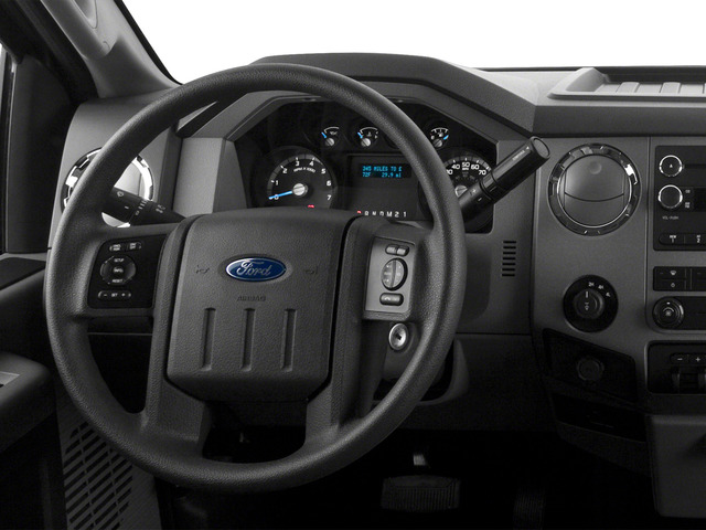2016 Ford Super Duty F-250 SRW Prices and Values Regular Cab XLT 2WD driver's dashboard