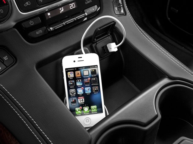 2016 GMC Yukon Prices and Values Utility 4D SLT 4WD V8 iPhone Interface