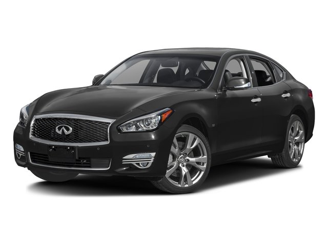 2016 INFINITI Q70 Pictures Q70 Sedan 4D V8 photos side front view