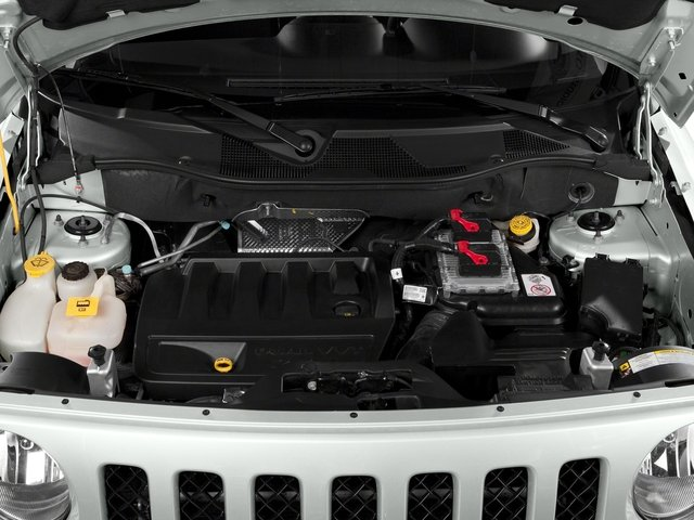 2016 Jeep Patriot Pictures Patriot Utility 4D Latitude 4WD photos engine