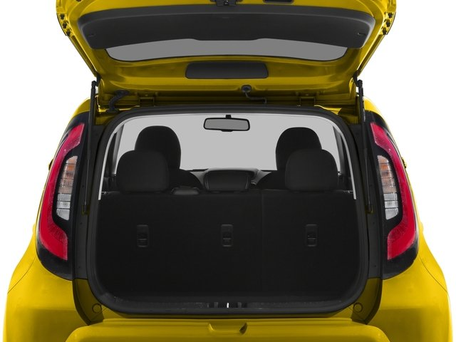 2016 Kia Soul Pictures Soul Wagon 4D + I4 photos open trunk