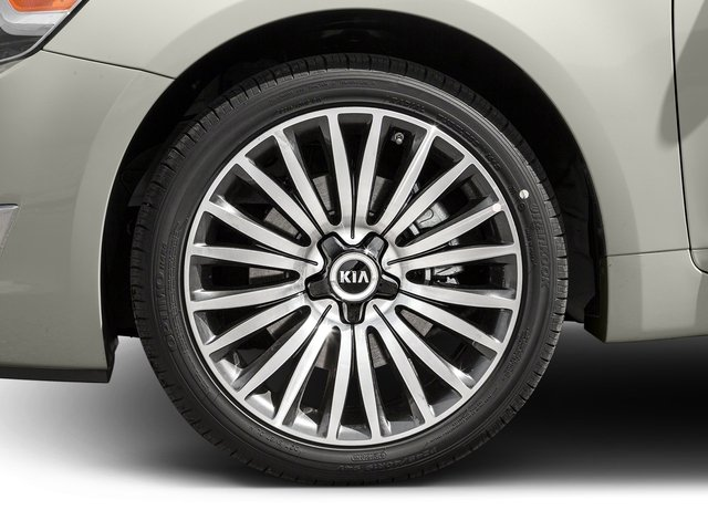 2016 Kia Cadenza Prices and Values Sedan 4D Premium V6 wheel