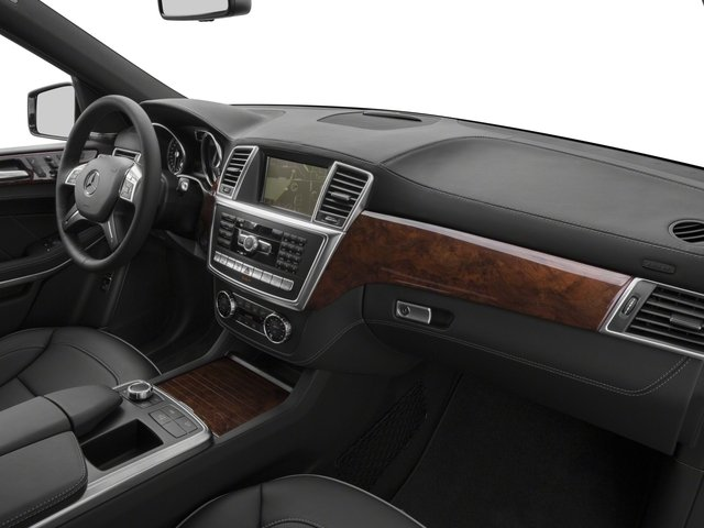 2016 Mercedes-Benz GL Prices and Values Utility 4D GL550 4WD V8 passenger's dashboard
