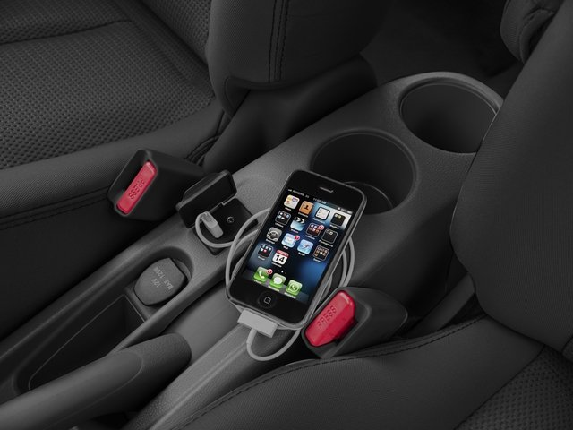 2016 Nissan Versa Prices and Values Sedan 4D SV I4 iPhone Interface