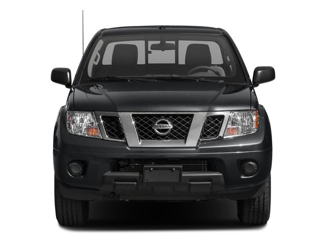 2016 Nissan Frontier Pictures Frontier Crew Cab SV 4WD photos front view