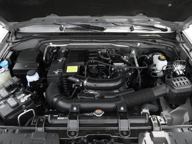 2016 Nissan Frontier Pictures Frontier King Cab S 2WD photos engine