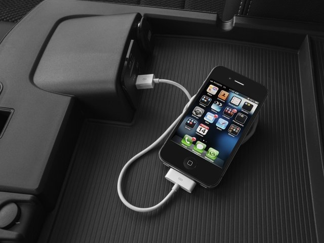 2016 Ram Truck 1500 Prices and Values Crew Cab Express 4WD iPhone Interface