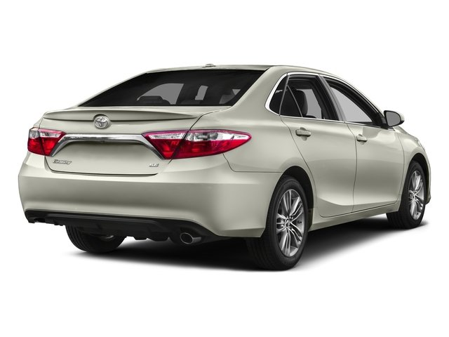 2016 Toyota Camry Pictures Camry Sedan 4D Special Edition I4 photos side rear view