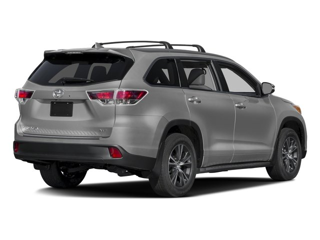 2016 Toyota Highlander Prices and Values Utility 4D XLE 4WD V6 side rear view