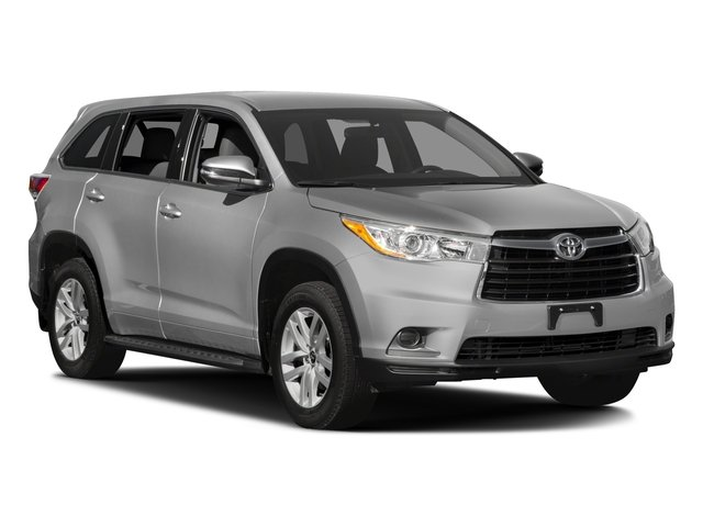 2016 Toyota Highlander Prices and Values Utility 4D LE 2WD I4 side front view