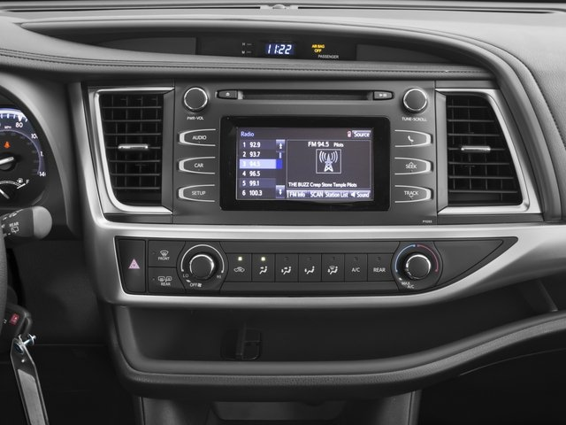 2016 Toyota Highlander Prices and Values Utility 4D LE 2WD I4 stereo system